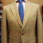 vetse tweed et cravate tricot